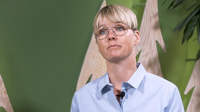 Lisa Nilsson, Holmen