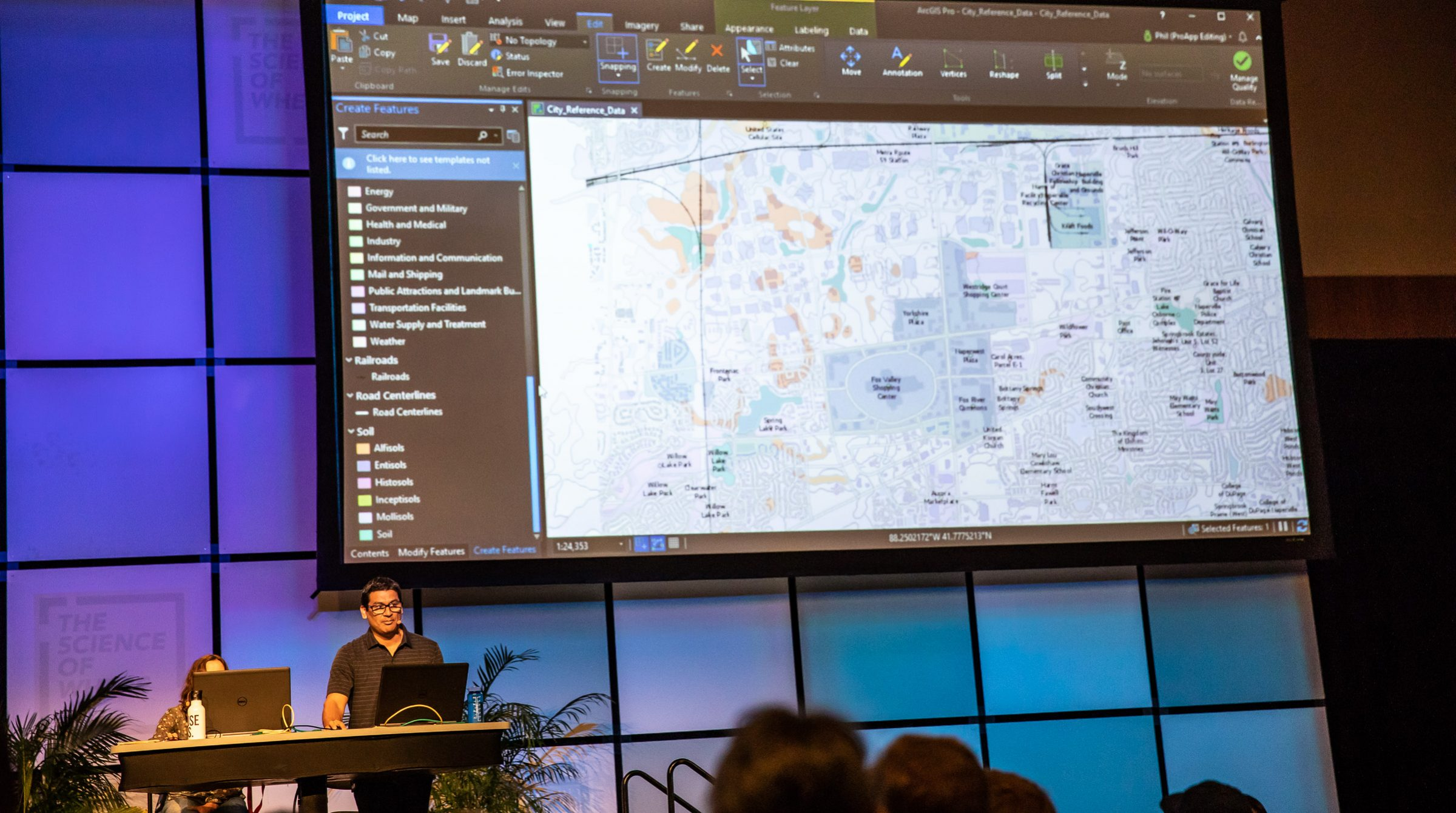 Session i ArcGIS Pro under Esri User Conference