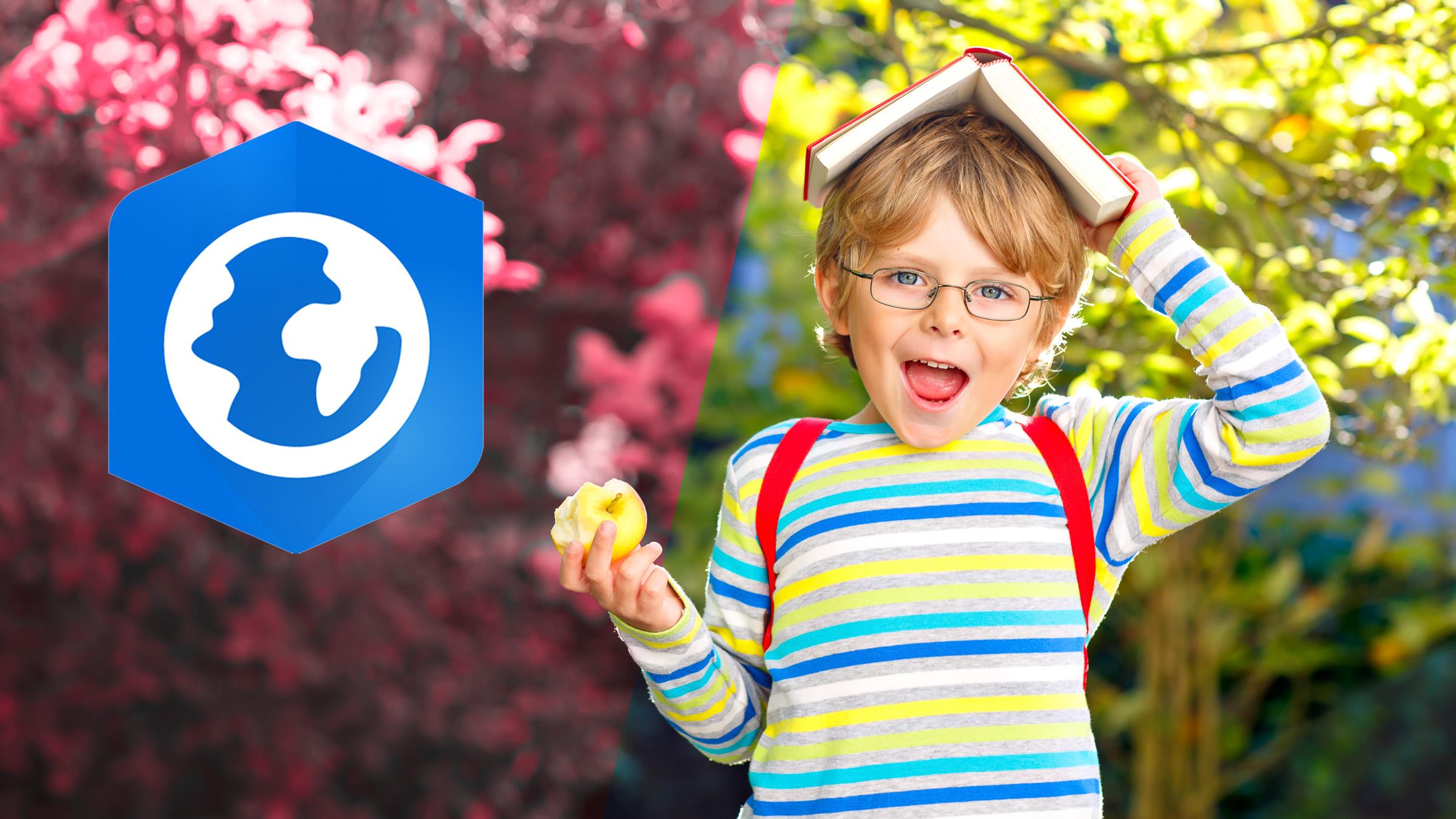 Glad pojke med äpple och ArcGIS Pro